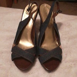 ♥️2 for $15 GUESS Blue denim dress/wedge heels